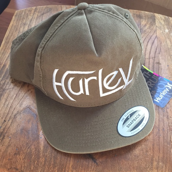 9124d2fbbab41 Hurley Other - Hurley SnapBack Hat Yupoong The Classics
